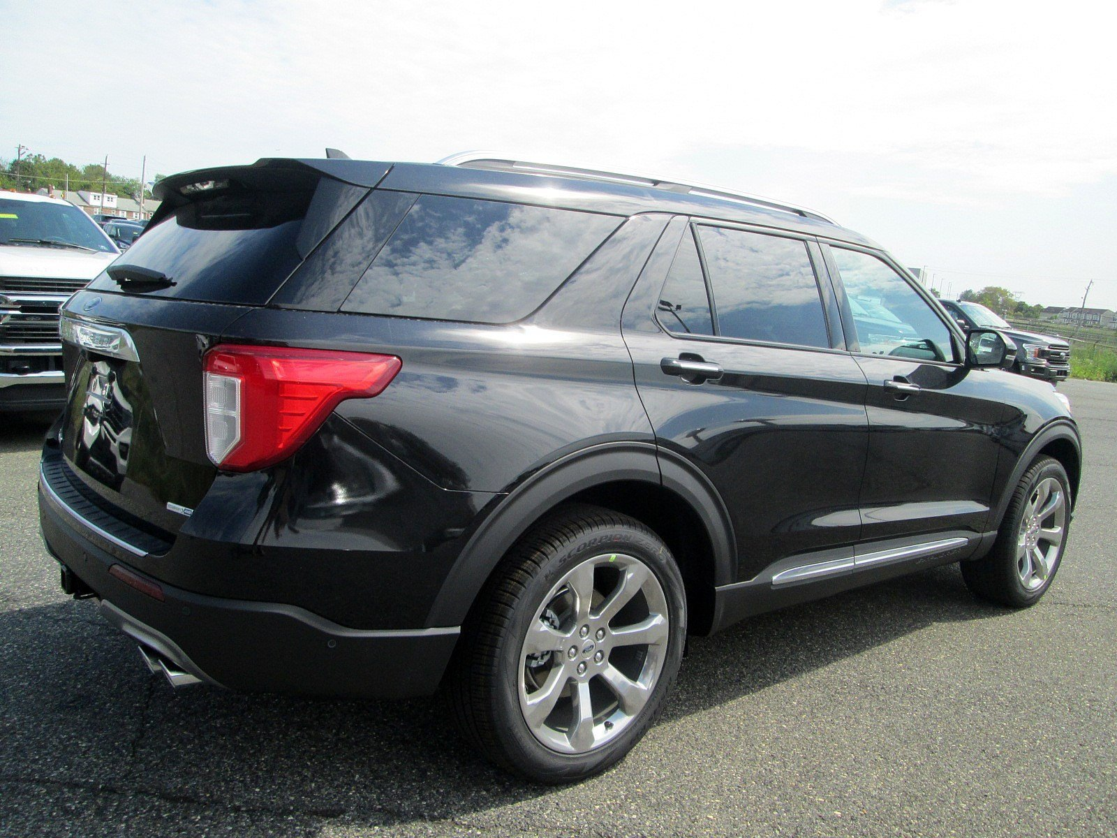 New 2020 Ford Explorer Platinum 4wd Sport Utility
